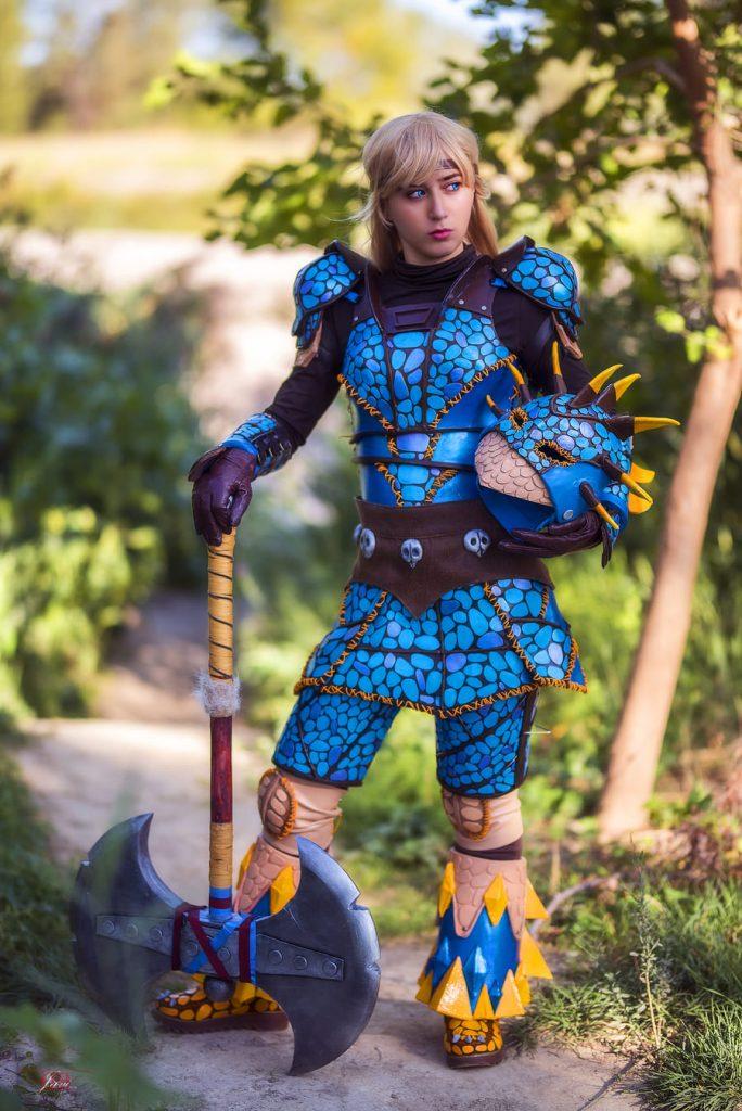 Ladydevilrose Astrid Como Entrar a tu Dragón Cosplay