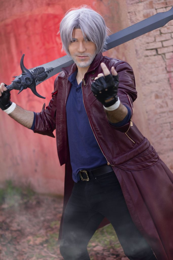 Dante Devil May Cry Micky Cosplay