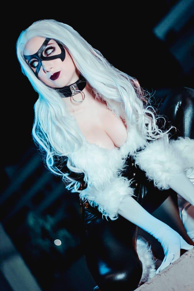 Lune Dark Wolf Blackcat Marvel